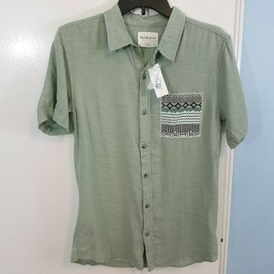 On The Byas Button Up Pocket Shirt Size Small